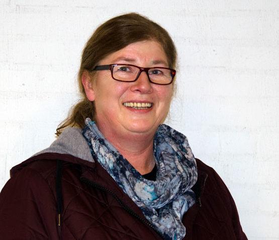 Raumpflegerin der Friedhofskapelle Heidi Bollow