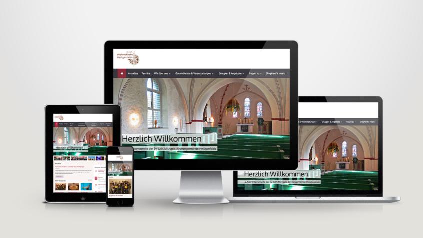 Die Startseite der Homepage auf dem Bildschirm verschiedener Geräte.
